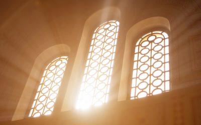 Nem áll le a hitélet Dunaharasztin, de óvatosságra intenek az egyházak