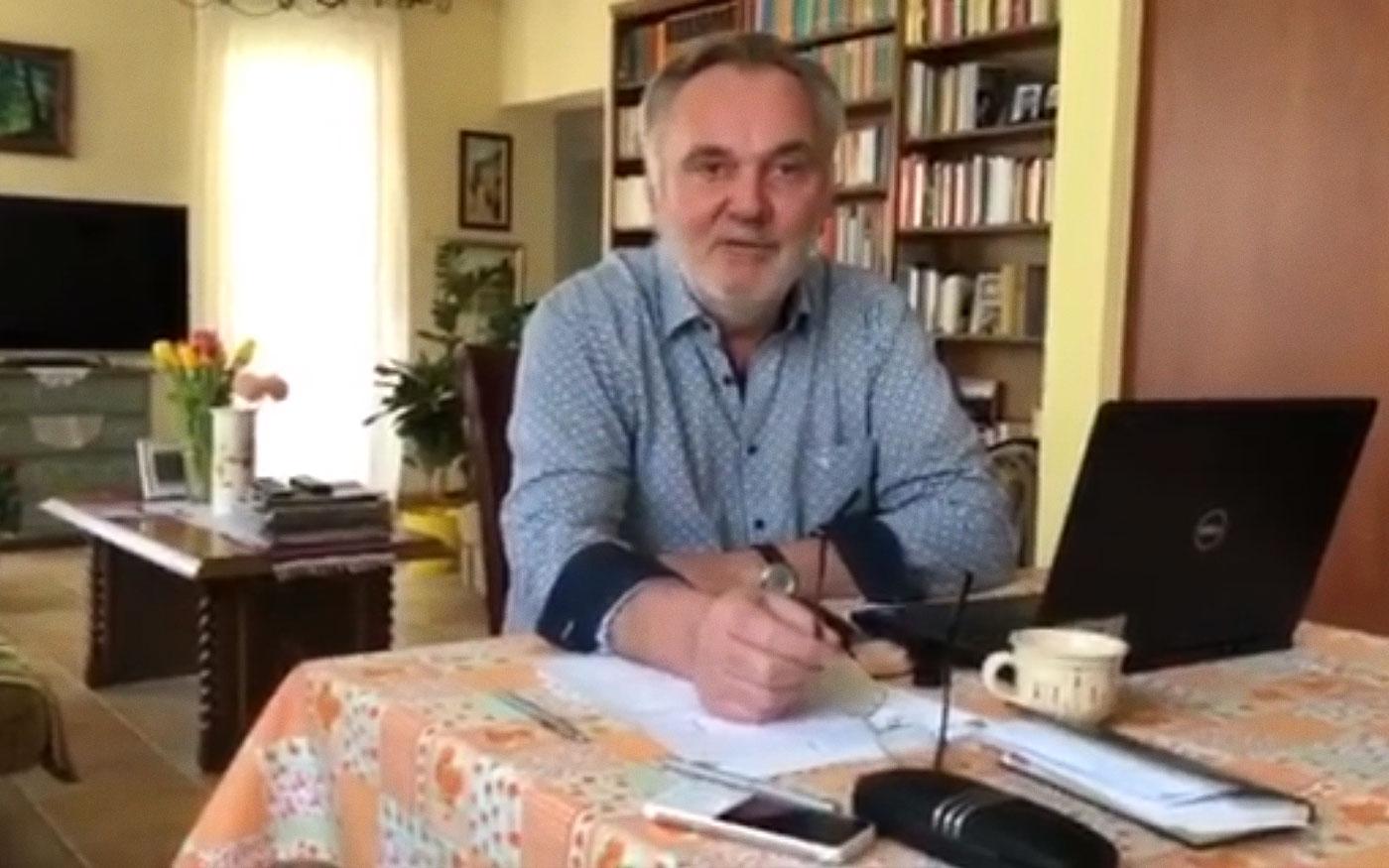 Otthonmaradásra buzdít videó üzenetében térségünk országgyűlési képviselője