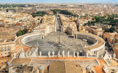 Az egész világot megáldja Ferenc pápa