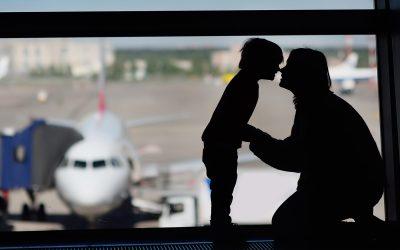 Az iskoláknak jelenteniük kell a külföldre utazó, vagy onnan hazatérő diákok nevét