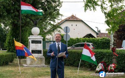 """Zúgtak a harangok szerte Magyarországon. A """"Trianoni békeszerződésre"""" emlékezett a Nemzet."""