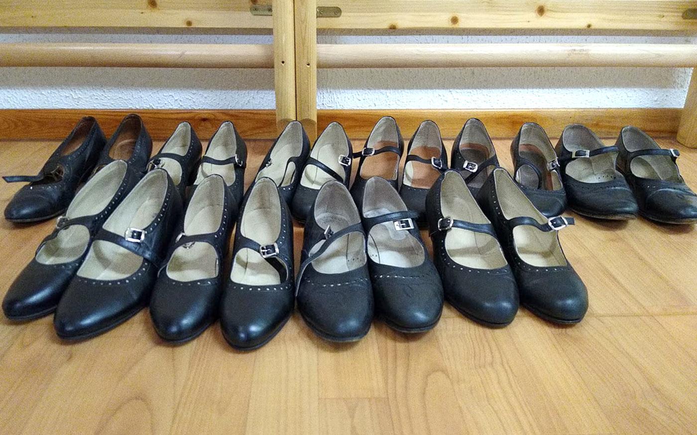 Régi táncok, új cipőben