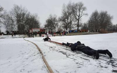 A jégről mentést gyakorolták a tűzoltók