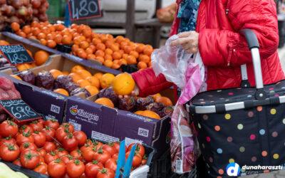 Tavaszt idéző idő volt a mai piacon