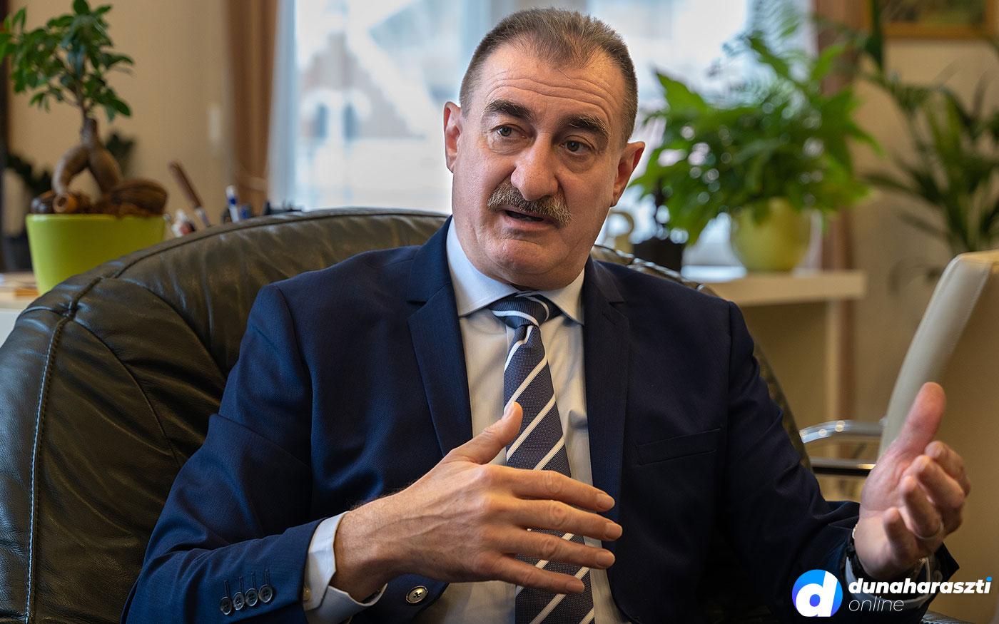 Soroksáriak vagyunk, nem Pestiek! – interjú Bese Ferenc polgármesterrel