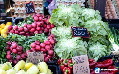 Színes piac, sok áruval