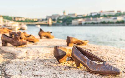 A holokauszt magyarországi áldozataira emlékezik az ország