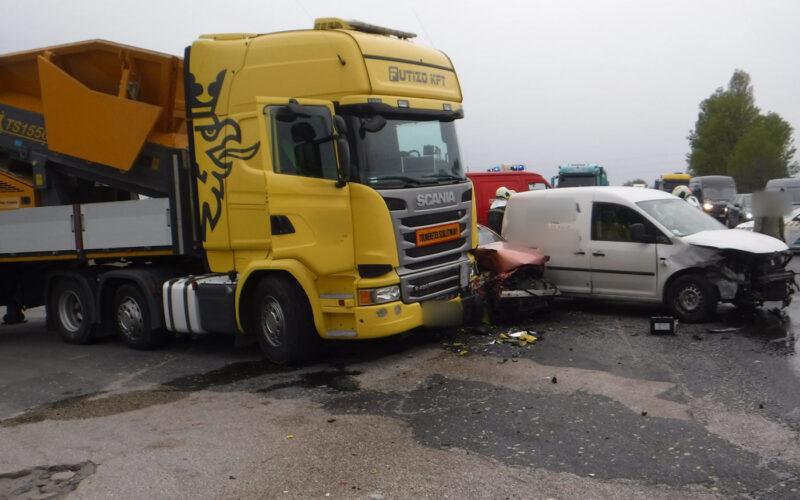 Durva baleset volt Taksony közelében