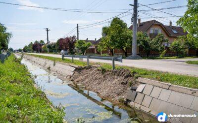 Sérült a csapadékvíz elvezető csatorna, javítják