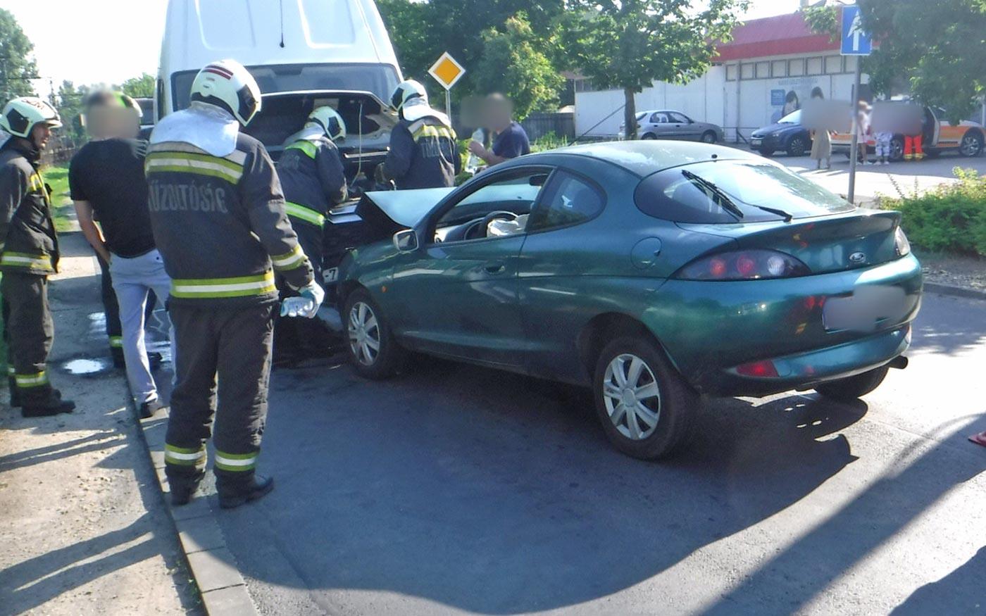 Nagy dugót okozott a baleset Dunaharasztin
