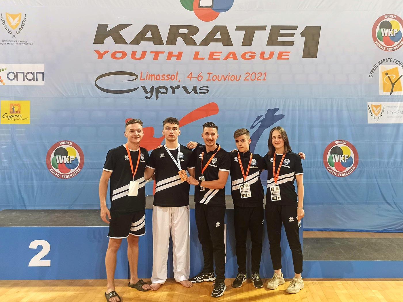 Nemzetközi versenyen is bizonyítottak a DMTK karatékái