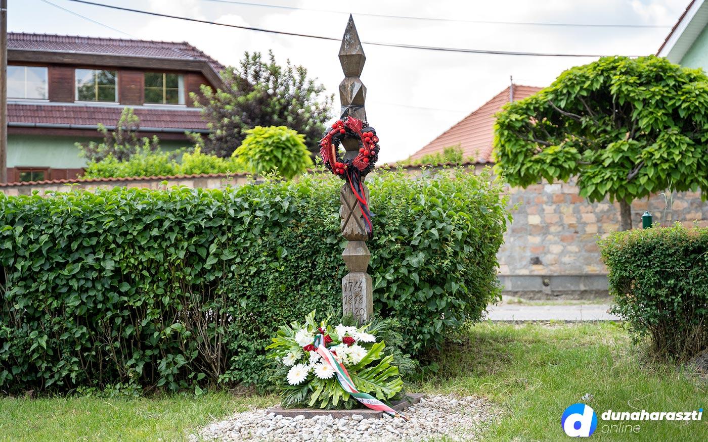 Megemlékezés Dunaharasztin a Nemzeti Összetartozás Napján