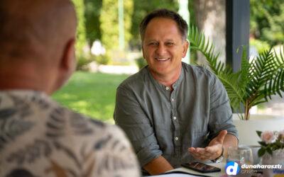 Ösztöndíjak, pályázatok, nyári programok – önkormányzati támogatással