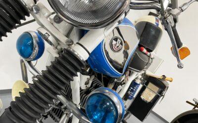 Veterán motorkerékpárok kiállítása Dunaharasztin