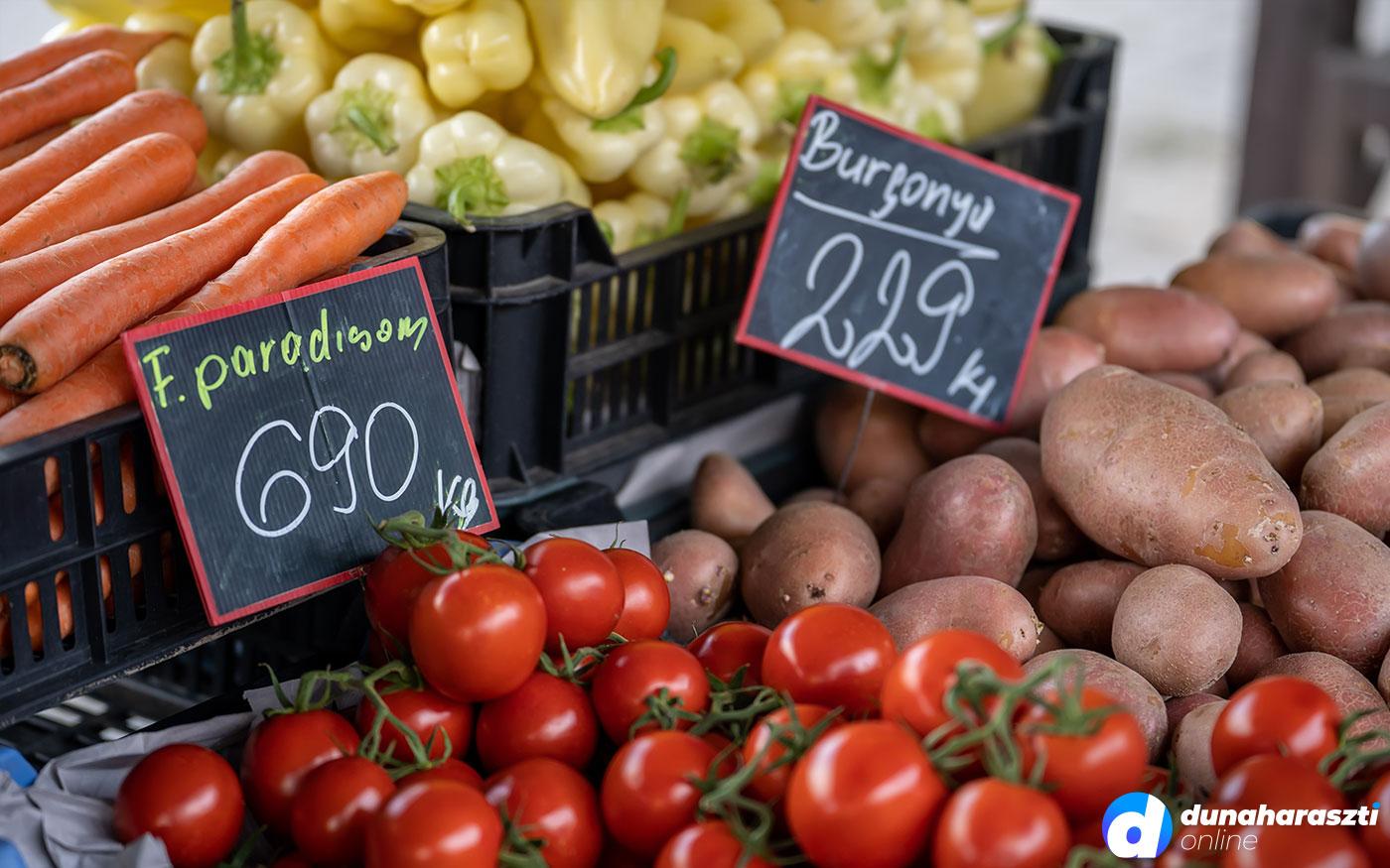 Beköszöntött az ősz Dunaharaszti piacára