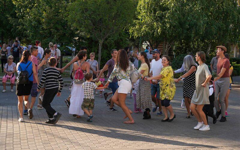 A Csillagszeműek táncos, zenés műsora, táncházzal. fotó: olvasói kép