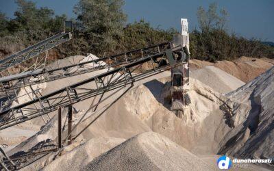 Az egyik bánya ügy rendeződik, de kezdődik egy másik